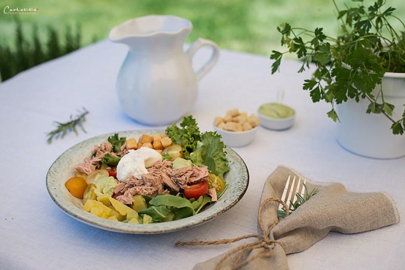 Thunfischsalat mit Avocado Dressing