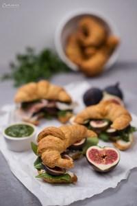 Croissant mit Pesto, Rucola und Feigen, Pikante Croissants
