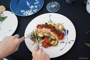 Lachs mit Tomatenkruste und Ofengemüse