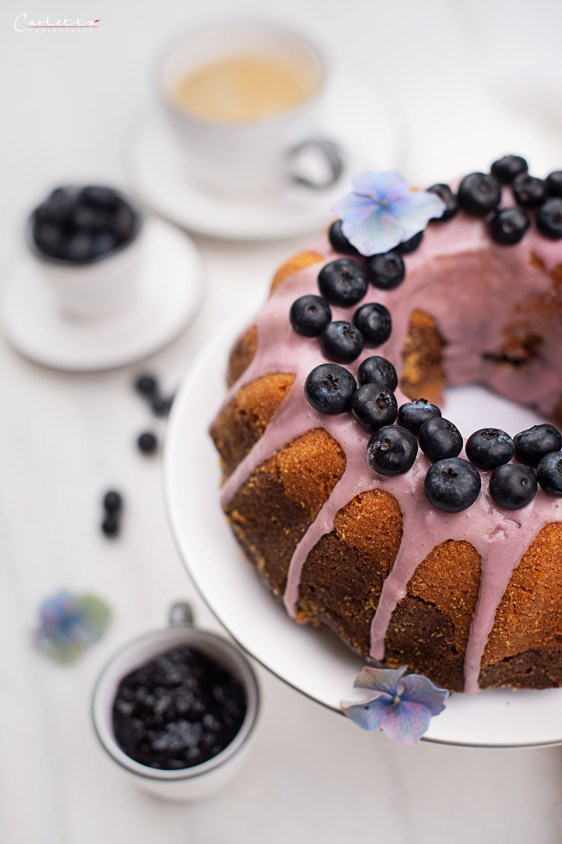 Gugelhupf mit Bio Preiselbeer Marmelade