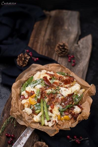 Winterrisotto mit Gemüse und Speckchips