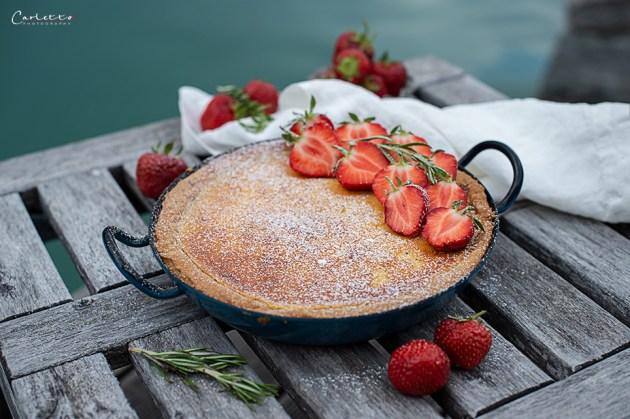 Vanilletarte vom Grill mit Erdbeeren_6965