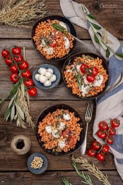 Nudeln mit Tomaten Ricotta Sauce_0620