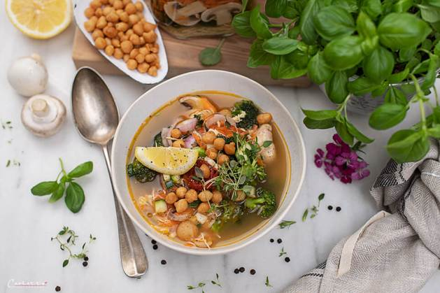 Instant Nudelsuppe_9542