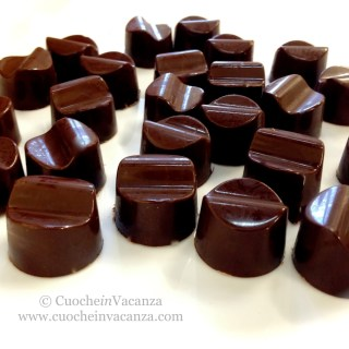 tempering-chocolate-cooking-class
