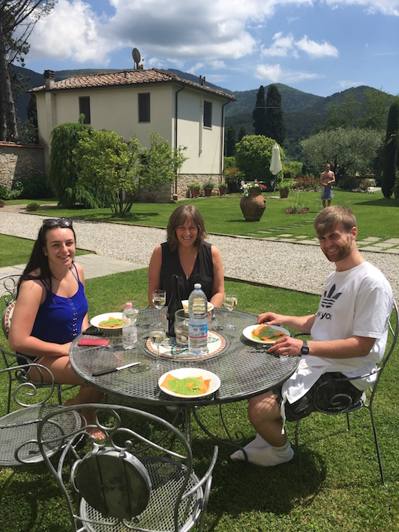 private-dinner-in-tuscany-chef-at-home-holiday