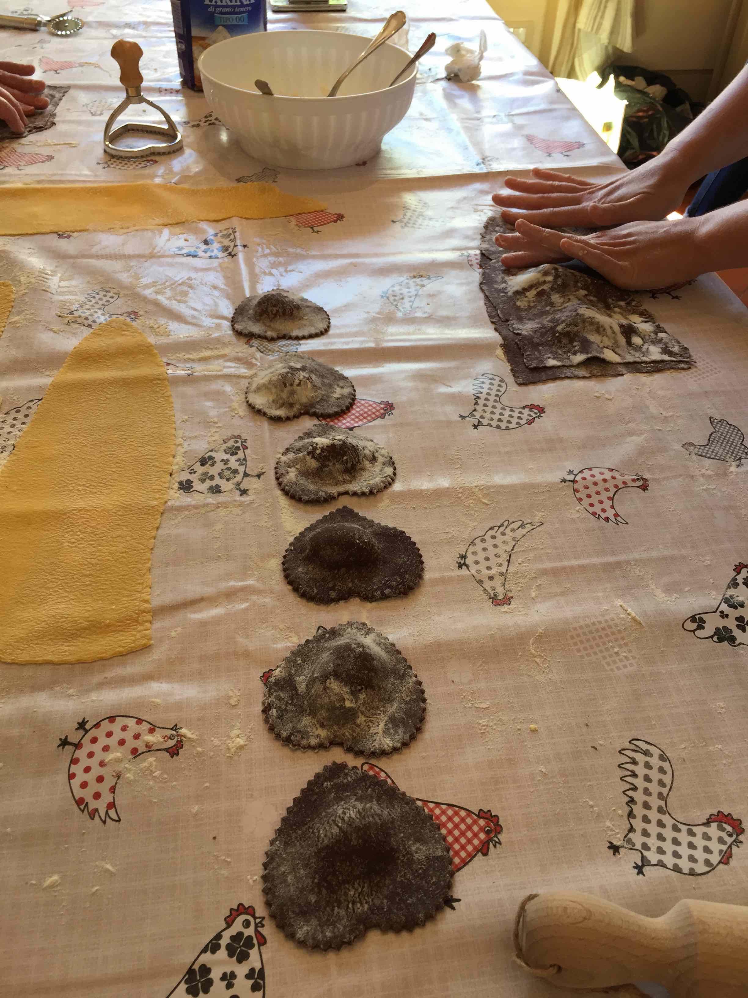 couples cookingclasses making cocoa ravioli