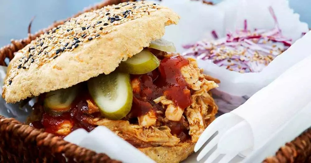 Pulled turkey kalkun burger sund opskrift