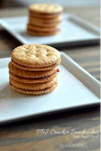 Little People Food – Peanut Butter Jelly Cracker Sandwich