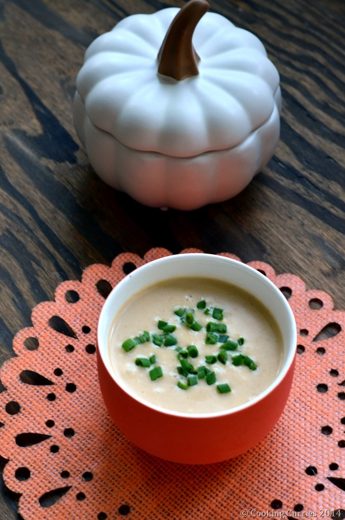 Apple Ginger Butternut Squash Soup - Fall Soup Recipe, Vegetarian, Thanksgiving - Cooking Curries (2)
