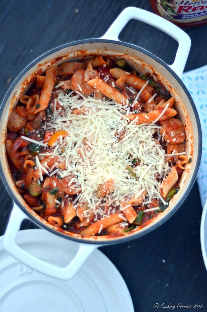 Sausage and Spring Vegetable Pasta with Ragu Homestyle Sauce -www.cookingcurries.com (4)