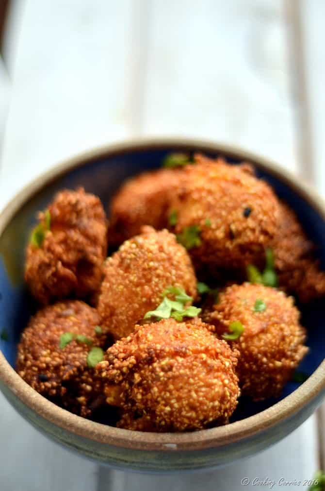 Scallion Cilantro Hush Puppies - www.cookingcurries.com (3)