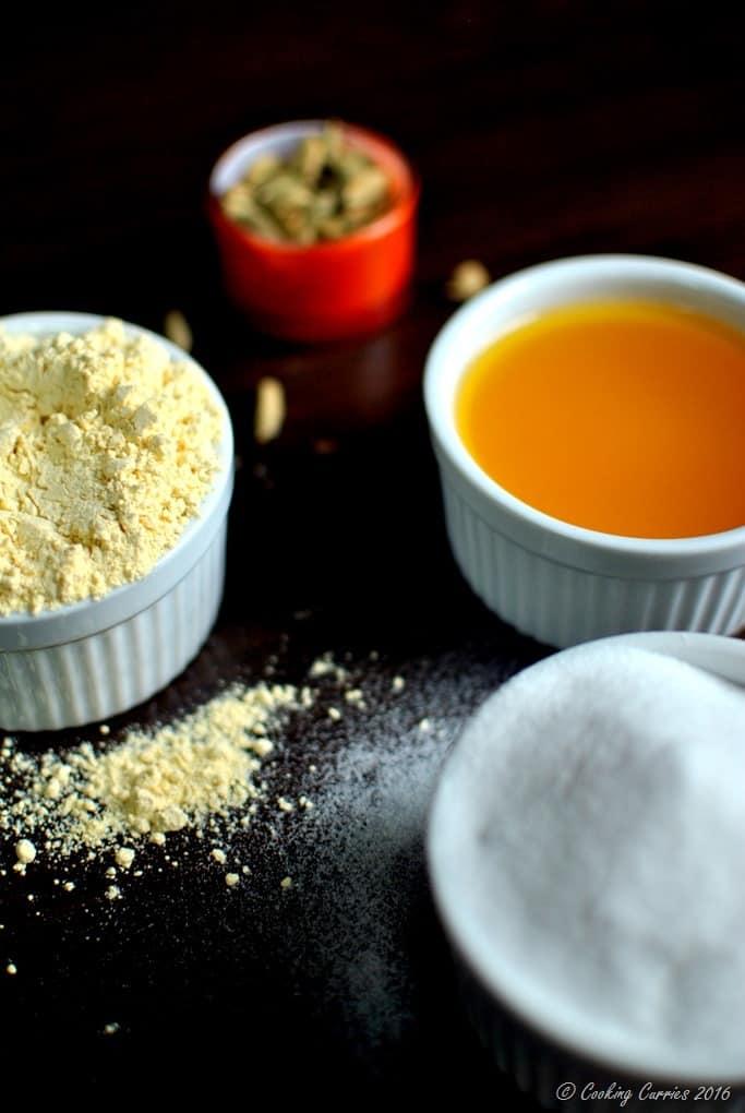 Besan Laddoo with Pumpkin Spice - Diwali Recipes - www.cookingcurries.com (2)