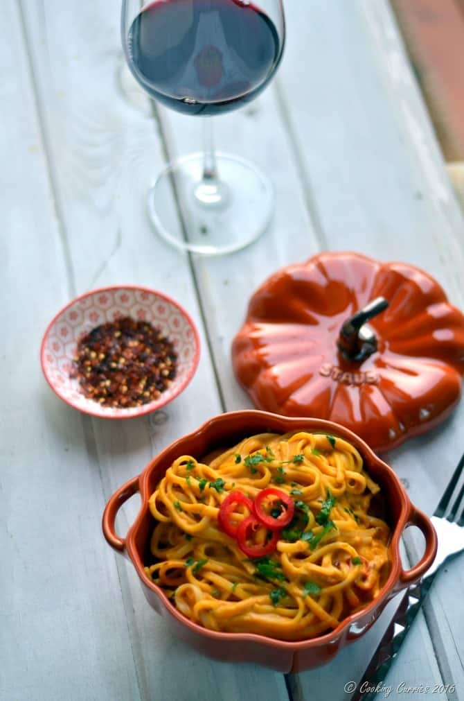 Spicy and Creamy Pumpkin Linguine - A Fall Recipe - www.cookingcurries.com (2)