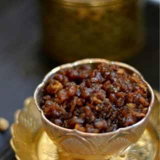 Sweet Payar Sundal for Navarathri - Green Moong Dal with Jaggery, Cardamom and Coconut