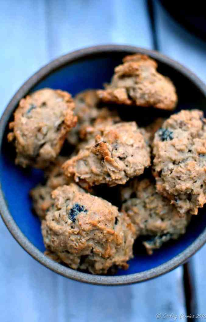 Orange Scented Fig and Walnut Oatmeal Cookies (4)