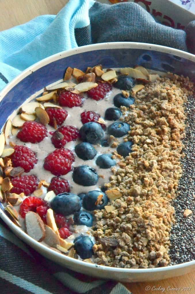 Acai Banana Smoothie Bowl (3)