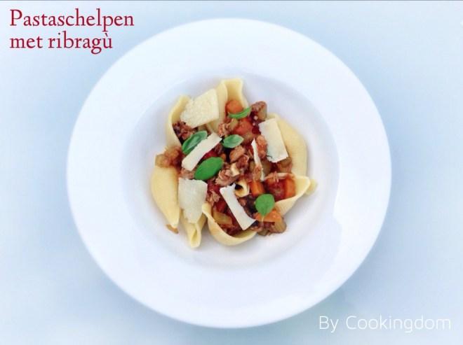 Pastaschelpen met ribragù By Cookingdom