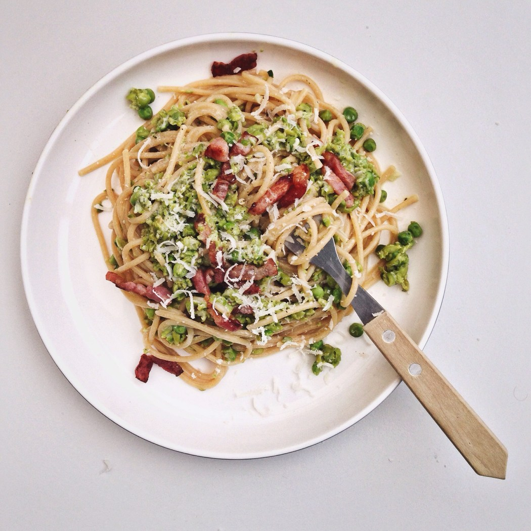Skinny carbonara met doperwten en bacon, By Cookingdom