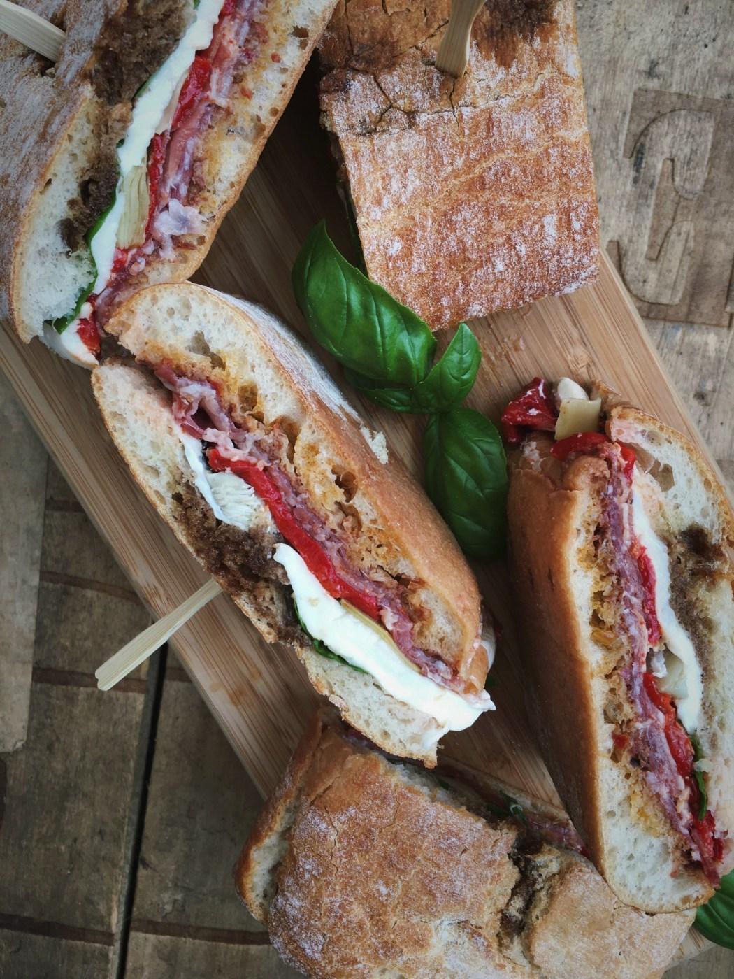 Ciabatta met Italiaanse vleeswaren