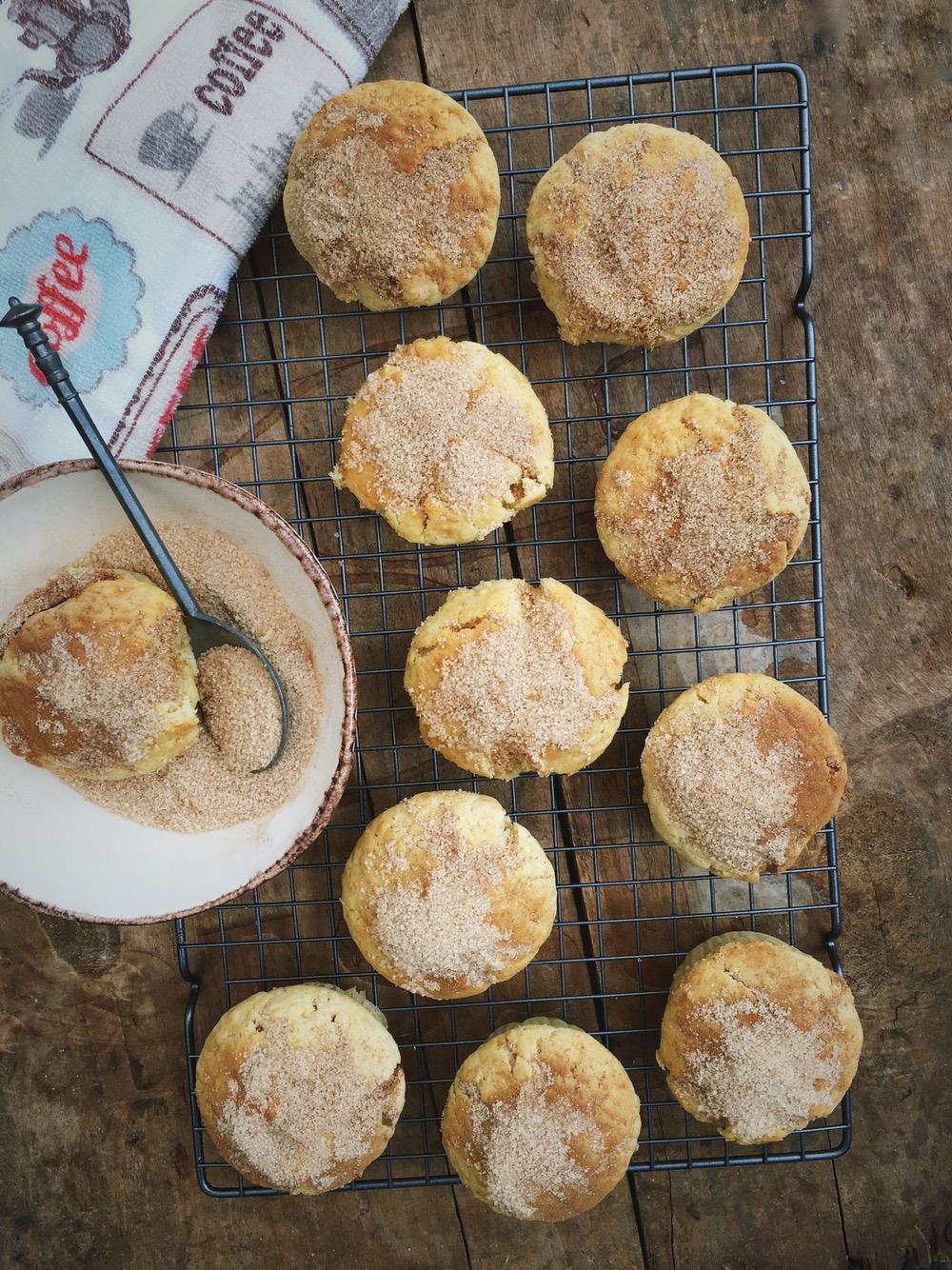 Roomijs muffins met koffiesuiker