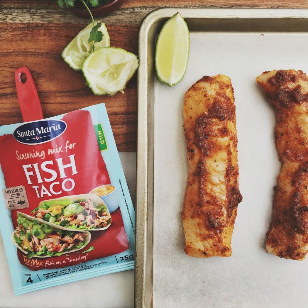 Gezonde taco bowl met vis