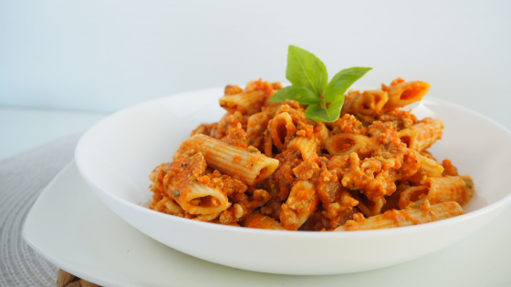 Easy Cheesy Chicken Bolognese
