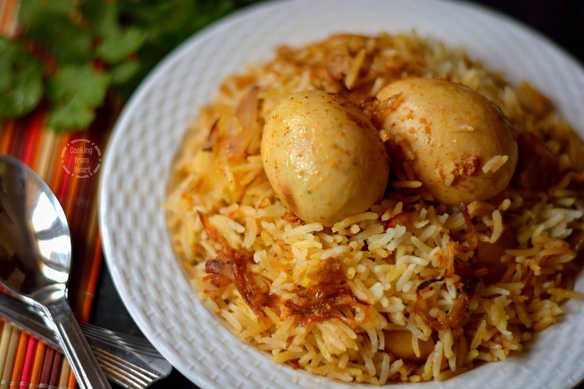 Kolkatta Egg Dum Biryani (1)