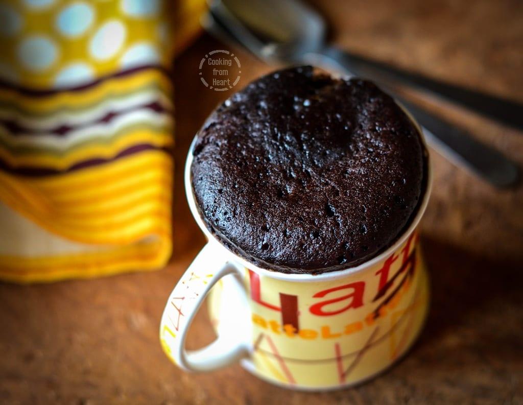 eggless-2-min-choco-mug-cake-1