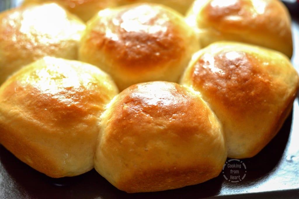 Pav Buns | Buttery Soft Dinner Rolls
