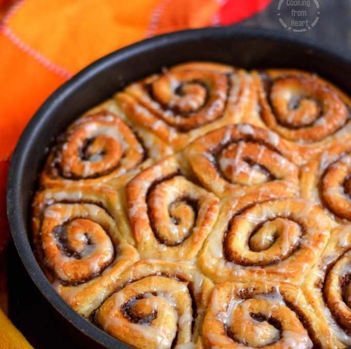 Eggless Cinnamon Rolls | Homemade Cinnamon Rolls Recipe