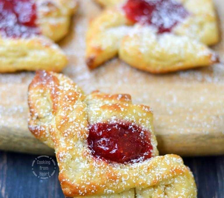 Strawberry Danish Pastry | Eggless Danish Pastry