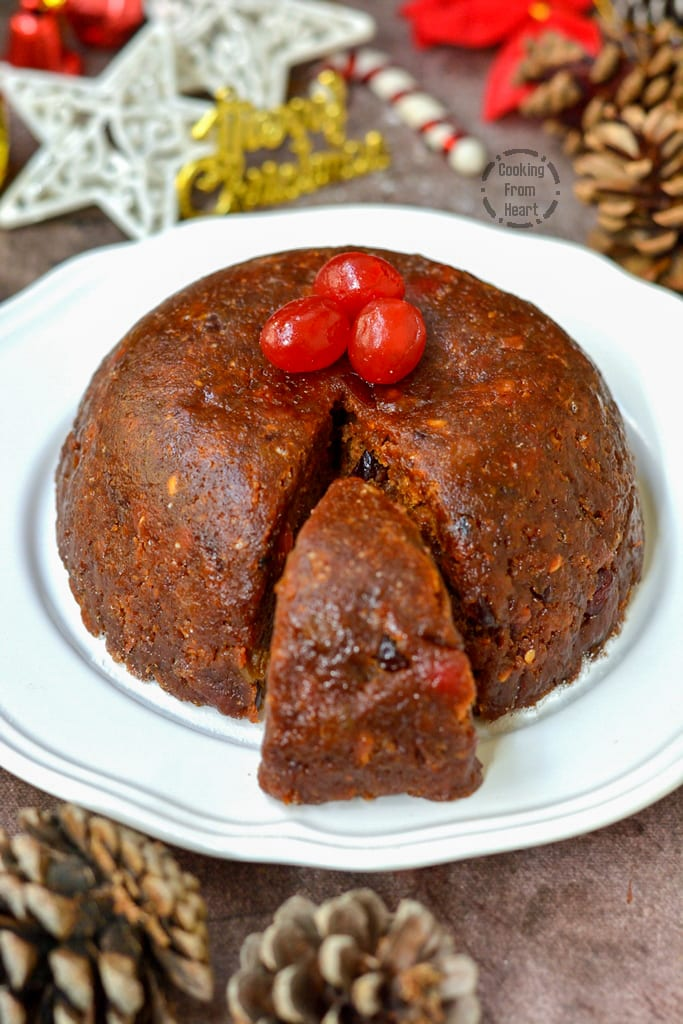 Eggless Steamed Christmas Pudding