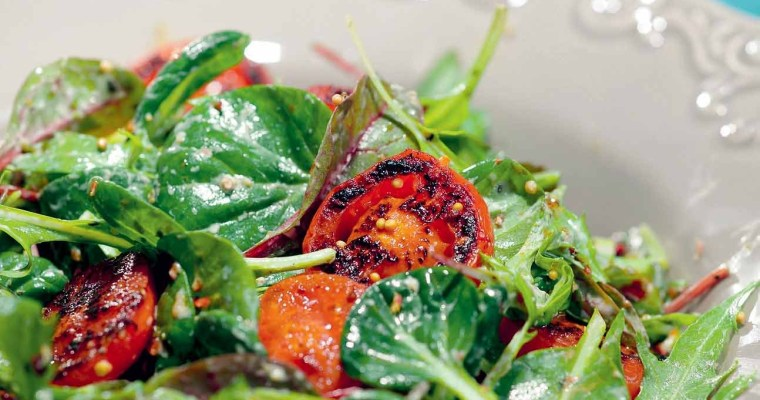 Salad with roasted tomatoes
