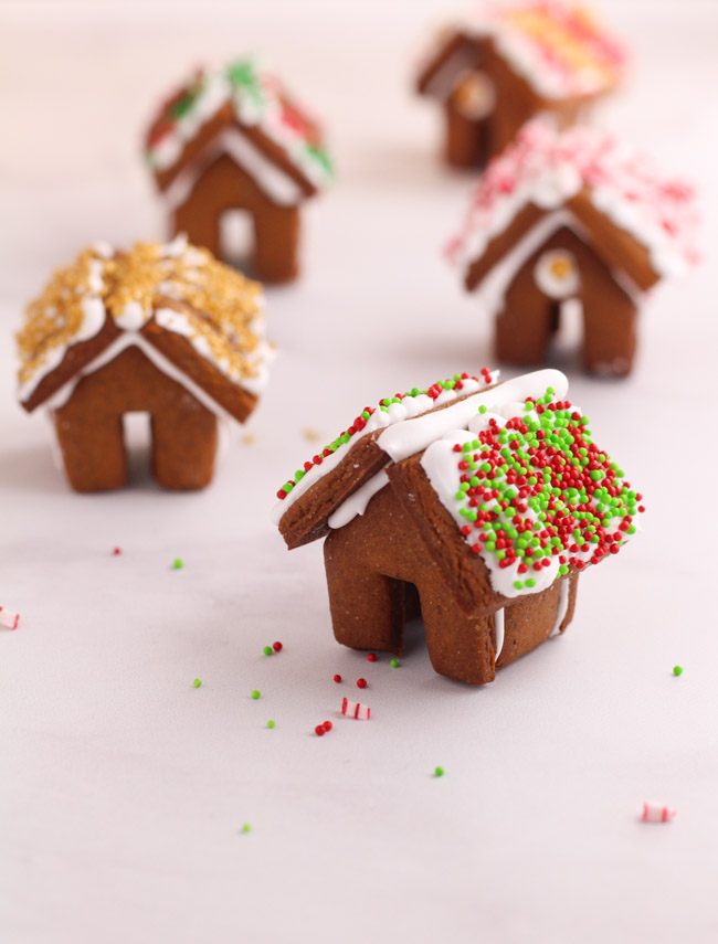 Mini Gingerbread House Cookies - Cooking is Messy