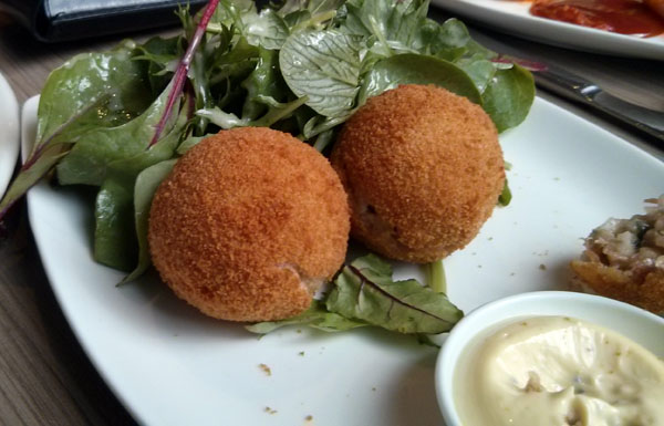 Arranchini balls at the Bridge Inn Hotel