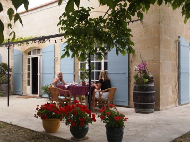 Camargue vineyard lunch under the grapevines