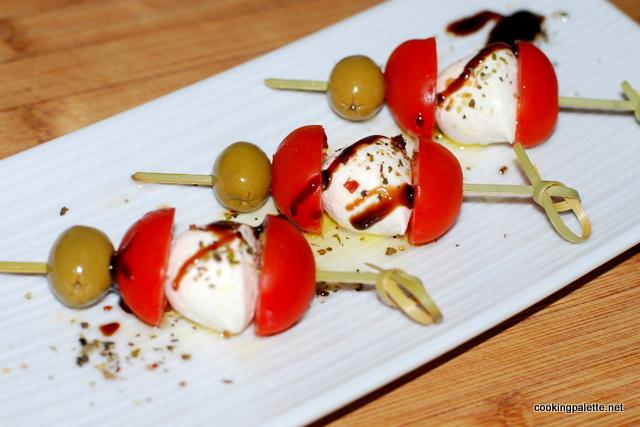 tomato mozarella kabobs-001