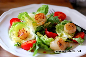 salad with old bay scallops and sun-dried tomato roasted pepper vinaigrette (19)