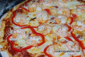 garlic shrimp red pizza (10)