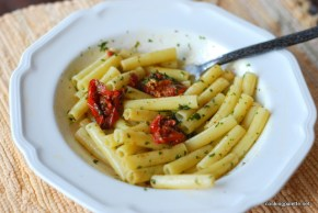 sun dried tomato and parsley pistou pasta (4)