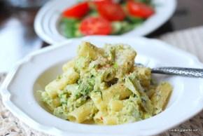 rigatoni with cauliflower broccoli cream (9)