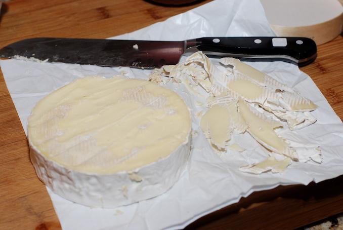 baked brie en croute00002