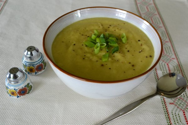 Art of Cooking - Low kilojoule creamy green vegtable soup