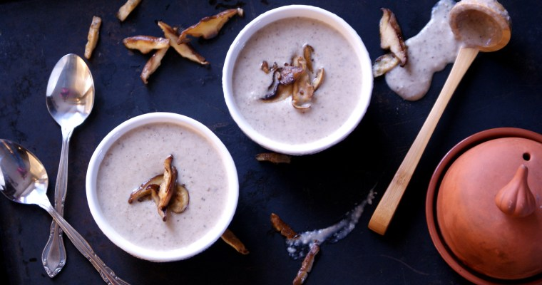 Roasted Garlic Cream of Mushroom Soup {Dairy-Free}