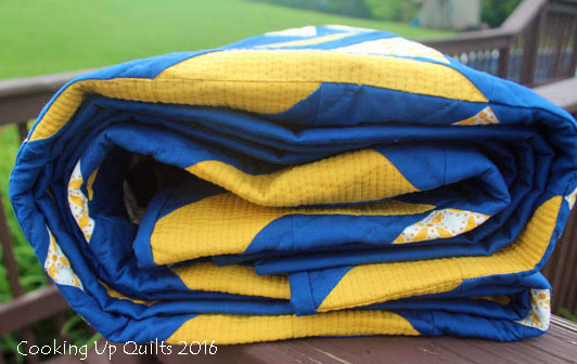 Oomph Quilt Blue and Gold