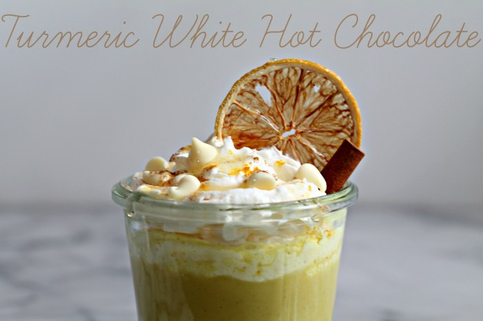 This Turmeric White Hot Chocolate is not only a delicious way to warm up during chilly nights, but turmeric has great health benefits!