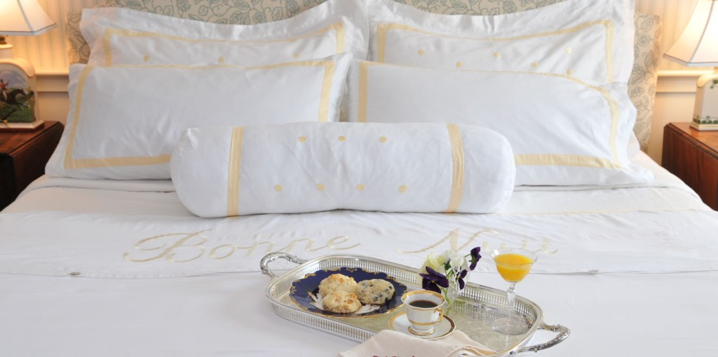 Edgartown Martha's Vineyard Travel Guide - Hob Knob Hotel