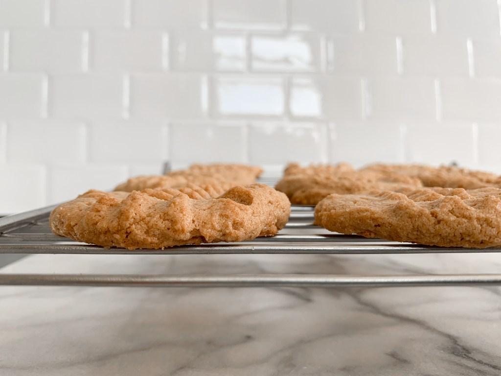 3 Ingredient Cashew Cookies-2