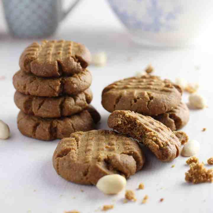 15 Minute Peanut Butter Cookies (vegan & gluten-free)